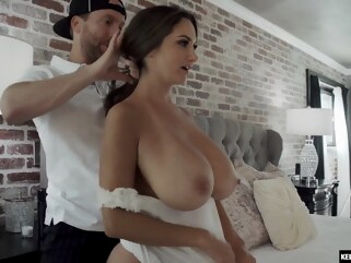 big cock big ass Can't blame this guy for cumming inside her twice ava addams