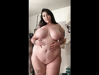 shower bbw Beautiful PAWG Hips
